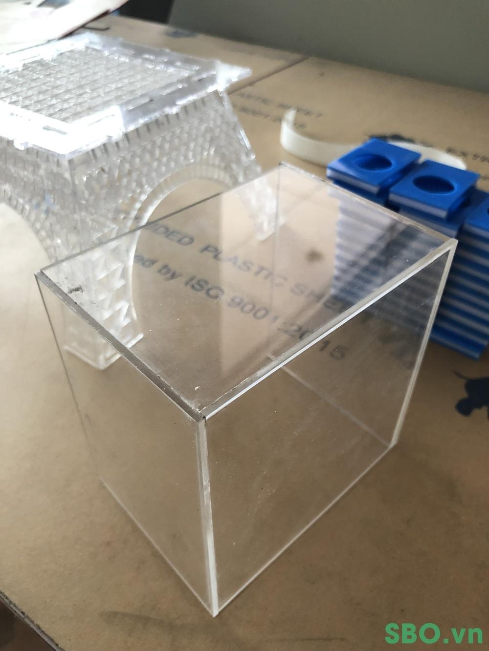 bán hộp nhựa mica tphcm