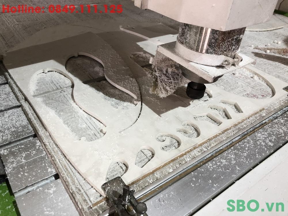 cắt cnc gia công đế giày nhựa pvc