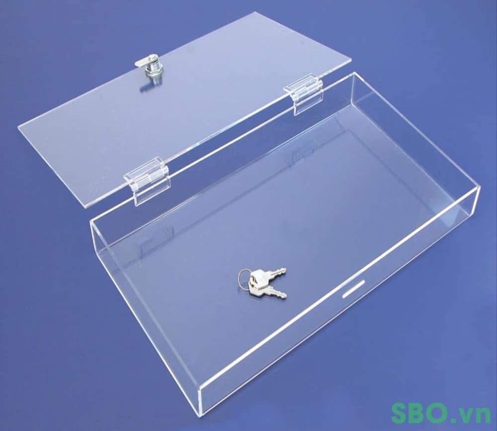 hộp nhựa mica có khóa