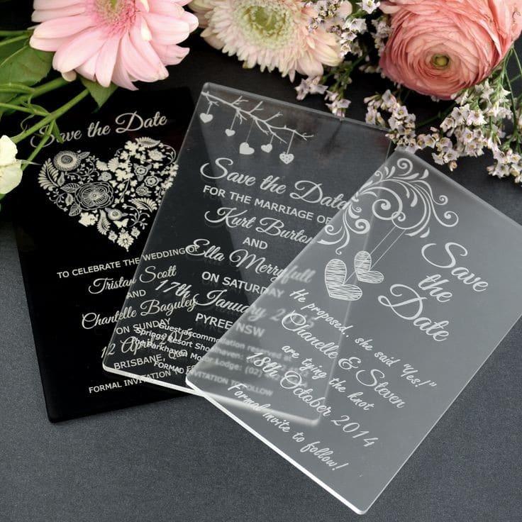 mẫu thiệp cưới bằng nhựa mica đẹp