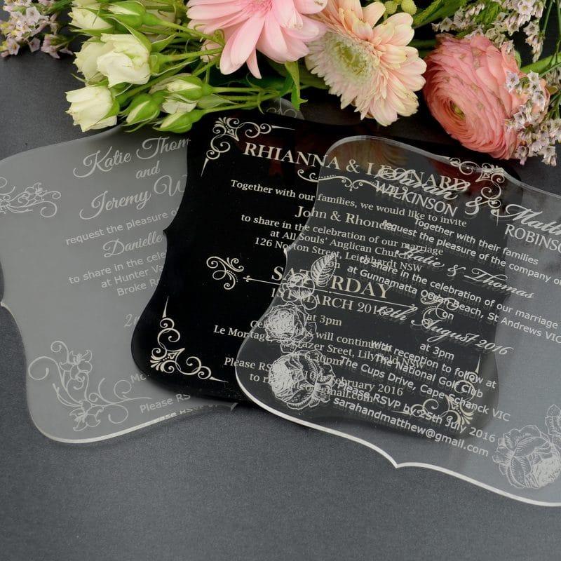 thiệp cưới bằng mica trắng sữa khắc cnc