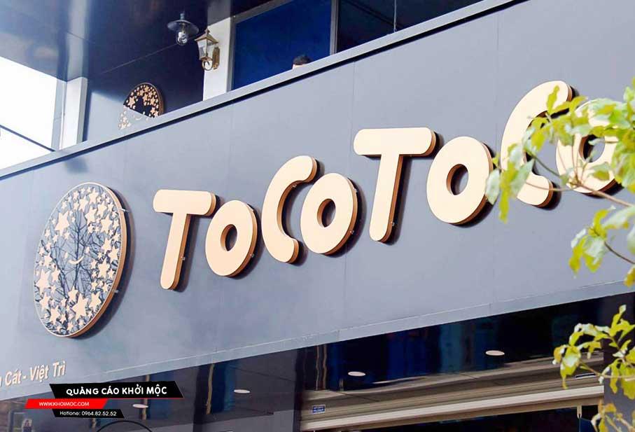 Bảng hiệu quảng cáo quán trà sữa tocotoco
