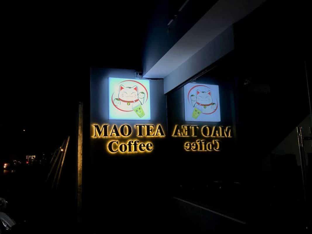 Bảng hiệu quán trà sữa MAO TEA coffee