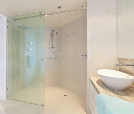 Vách ngăn phòng tắm bằng nhựa