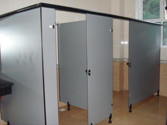 vách ngăn nhà vệ sinh alu