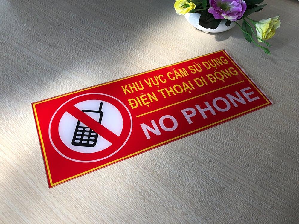 Biển báo khu vực cấm sử dụng điện thoại (No Phone)