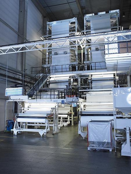 Sản xuất màng nhà kính Hyplast tại nhà máy ở Bỉ