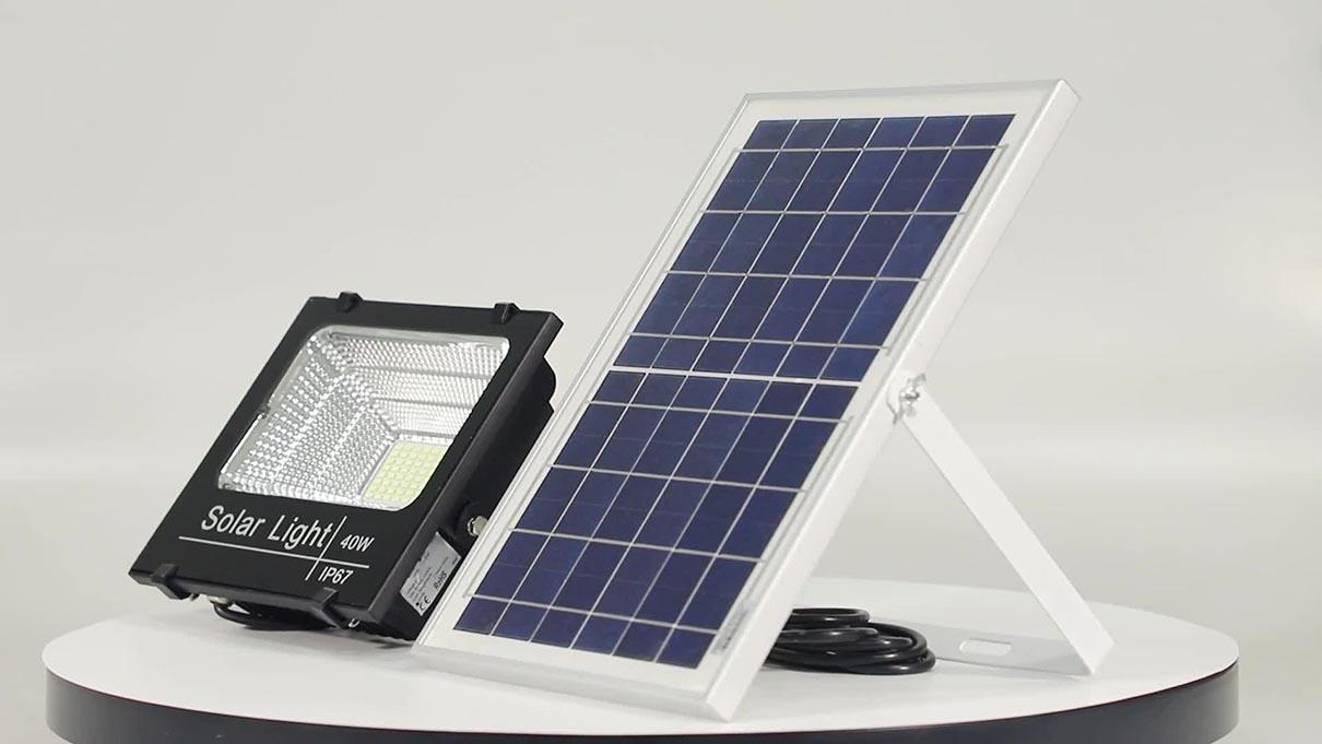 Đèn chiếu sáng sử dụng nguồn điện từ ánh sáng mặt trời là gì