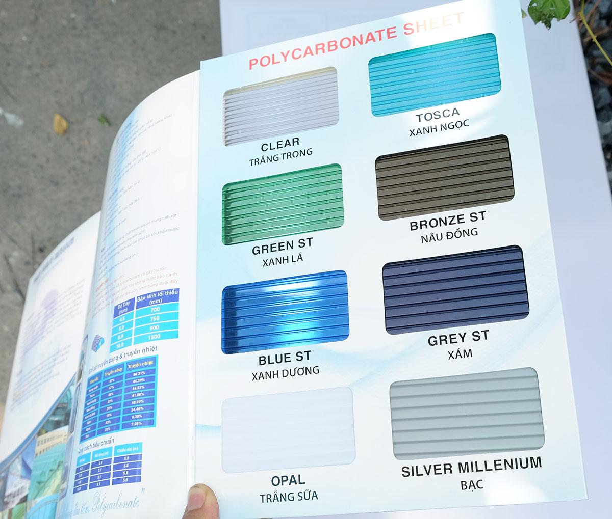 bảng mã màu sắc tấm nhựa lấy sáng polycarbonate dạng rỗng ruột